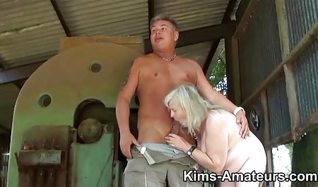 selingkuh rambut coklat istri erotis sialan dengan pria botak bokep korea mom