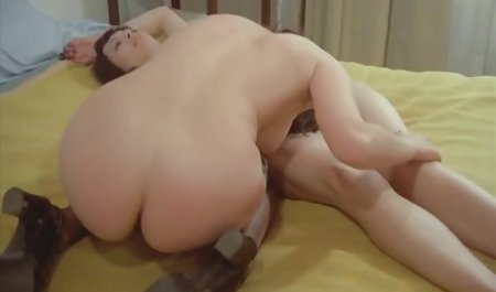 Smart nenek mandi bokep rides his cock
